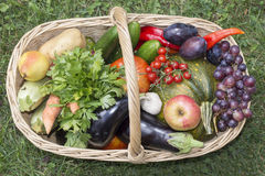 Basket with fruit and vegetables Royalty Free Stock Images