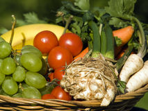 Basket of fruits and vegetables Royalty Free Stock Images