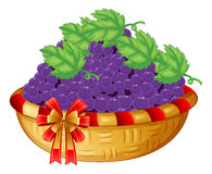 A basket of grapes Royalty Free Stock Images