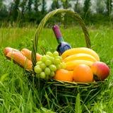 Basket picnic Royalty Free Stock Photography