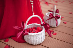 Basket with rose petals Royalty Free Stock Photography