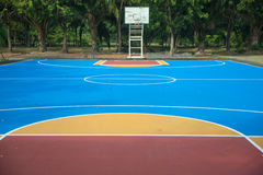 Basketbal court Stock Foto's