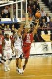 Basketbal, het ontspruiten van Randal Falker. stock afbeelding