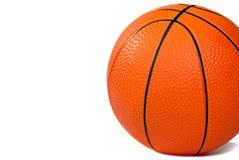 Basketbal op wit wordt geïsoleerd dat Stock Afbeeldingen