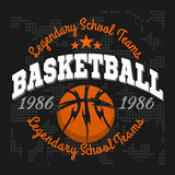 Basketbalembleem voor T-shirts, Affiches, Banners Stock Afbeelding