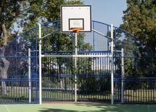Basketbalhof Royalty-vrije Stock Afbeeldingen