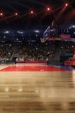 Basketbalhof met mensenventilator De arena van de sport 3d Photoreal geeft achtergrond terug blured in lang schot distancelike le Stock Foto