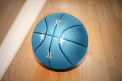Basketball ball with the national flag of united States of Micronesia Royalty Free Stock Photos