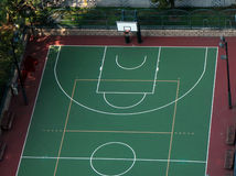 Basketball court Stockbilder