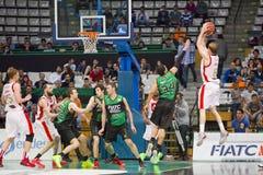 Basketball drei Punkte Schuss Lizenzfreie Stockbilder
