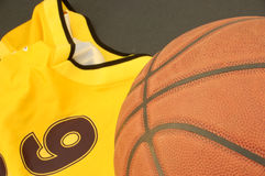 Basketball and T-shirt Royalty Free Stock Photography