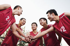 Basketball team gating ready for the game Royalty Free Stock Photos