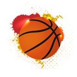 Basketballball mit abstrakten grungy Elementen auf weißem backgroun Lizenzfreie Stockfotos