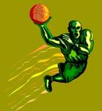 Basketballer eintauchendes Grün Lizenzfreies Stockbild