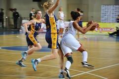 Basketballfrauen 21.10.2012, Stadt von Orenburg, Sou Lizenzfreie Stockbilder