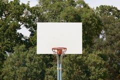 Basketballkorb mit weißem Rückenbrett Lizenzfreie Stockfotos