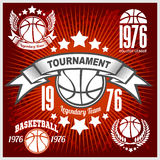 Basketballmeisterschaftslogosatz und -Gestaltungselemente Stockbild