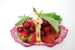 Basketful de fruit Photo stock