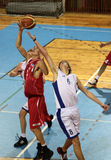 basketmatch Arkivfoto