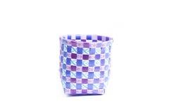 Basketwork som göras från plast- Arkivfoto