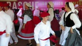 Baskische Musik-Kultur und Tanzen stock video footage