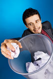 baskteball biznesmena papierowi bawić się potomstwa Zdjęcie Royalty Free
