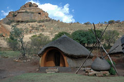 Basotho-Dorf. lizenzfreies stockbild