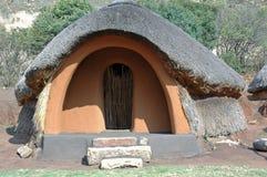 Basotho-Hütte. Stockfotos