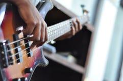 Basowej gitary gracz obraz stock