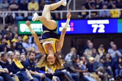 2015 basquetebol do NCAA - estado de WVU-Oklahoma Foto de Stock