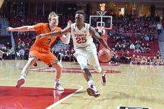 2015 basquetebol do NCAA - templo-Bucknell do Rd da LÊNDEA primeiro Fotografia de Stock Royalty Free