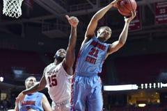 2015 basquetebol do NCAA - templo contra o estado de Delaware Foto de Stock