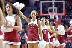 2015 basquetebol do NCAA - Templo-ECU Imagens de Stock