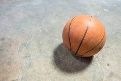 basquetebol no concreto Fotografia de Stock