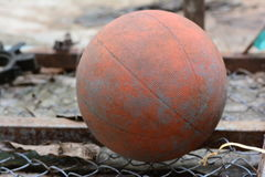 Basquetebol velho Foto de Stock Royalty Free