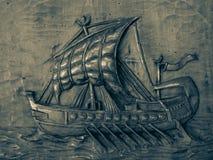 Basrelief av spansk gallion Arkivbilder