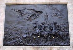 Basrelieffragment på en monument till Peter I Arkivbilder