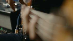 Bass Guitar Player archivi video