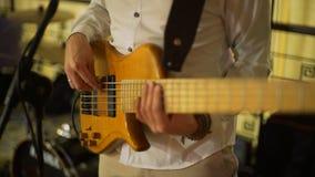 Bass Guitar Player Playing bij de Partij stock video