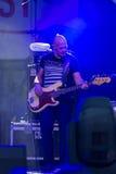 Bass Guitarist e giocatore Markus Bodenseh del contrabbasso di Jazz Ensemble De-Phazz di fama mondiale immagini stock libere da diritti