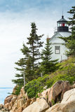 Bass Harbor Light Station Overlooking fjärden Arkivfoton