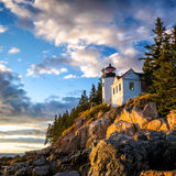 Bass Harbor Lighthouse au parc national d'Acadia de coucher du soleil Images libres de droits