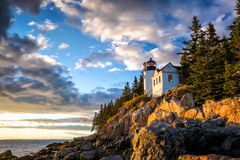 Bass Harbor Lighthouse am Sonnenuntergang Acadia-Nationalpark Lizenzfreies Stockfoto