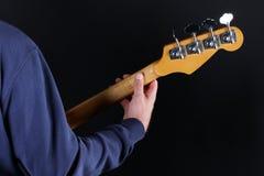 Bass-Spieler Stockfoto