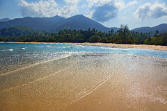 Bassa marea sulla spiaggia dell'isola di Tioman Fotografia Stock Libera da Diritti