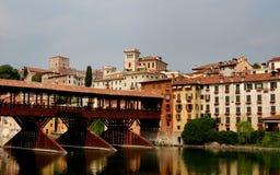 Bassano del Grappa Italien: 13th århundrade Ponte Coperto Fotografering för Bildbyråer