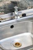 Bassin d'acier inoxydable photos stock