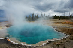 Bassin occidental de geyser de pouce, Yellowstone Images libres de droits