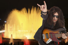 Bassist plays Royalty Free Stock Photos