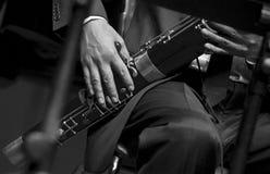 Bassoonist auf Konzert Stockbild